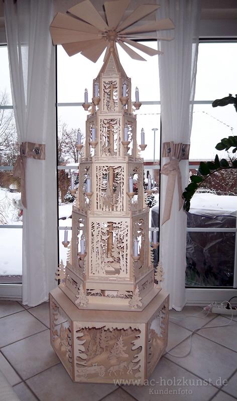 1 80m gro e weihnachtspyramide laubs gearbeit. Black Bedroom Furniture Sets. Home Design Ideas