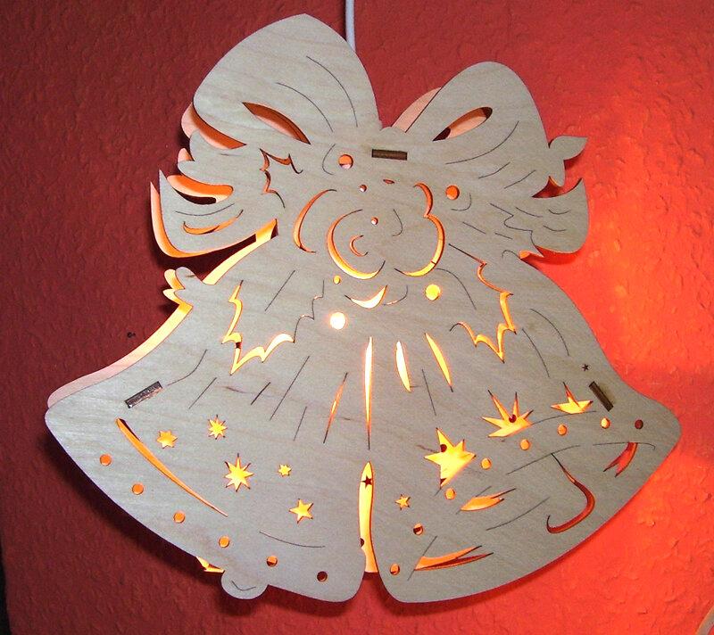 Laubsägevorlage Fensterbild Glocken 29cm - AC-Holzkunst